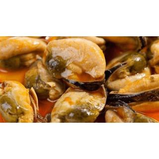 Мясо мидий замороженных 1кг Чили 200-300